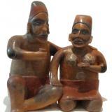 Кулптора на Древни ацтеки пият палки
