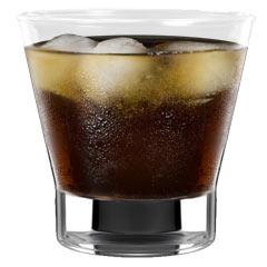 Чаша с текила Патрон и лед