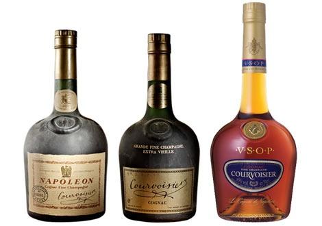 Емблематичната за Курвоазие бутилка Джозефин