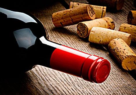червено вино коркови тапи