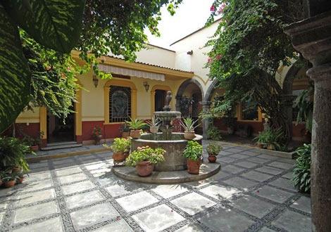 Музеят на семейство Сауца
