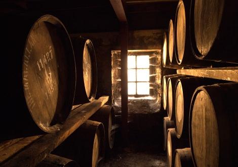 Отлежаване на уиски в складовете на Макалън