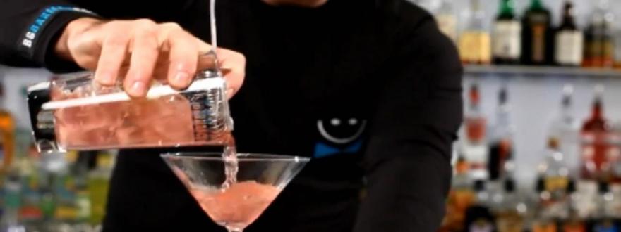 Наливане от барова чаша