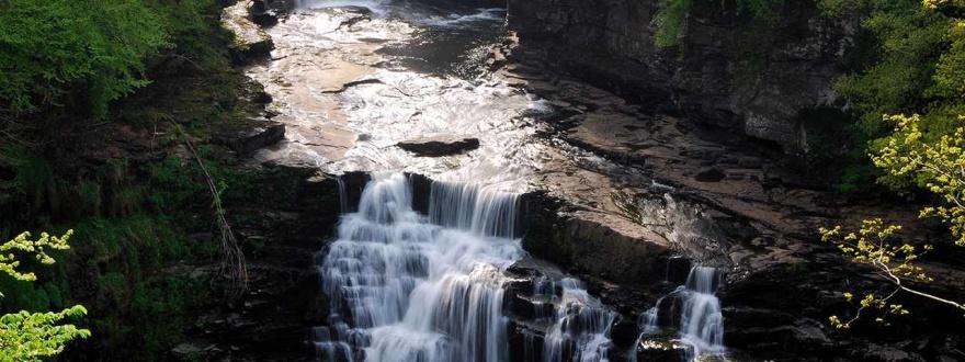 Водопад в Шотландия