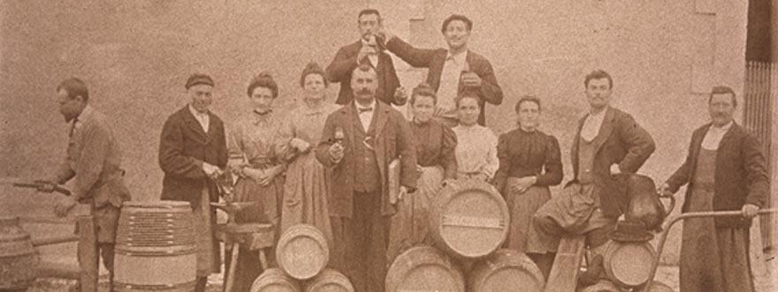 Коняк Курвоазие - исторически снимки