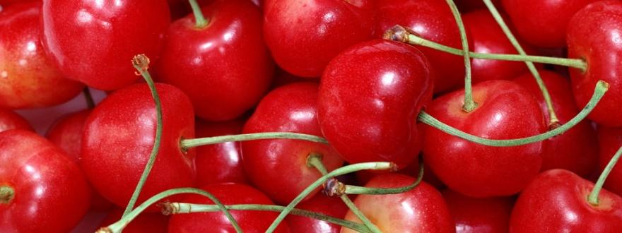 червени череши