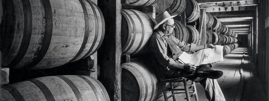 Джак Даниелс тенеси уиски почива на спокойствие